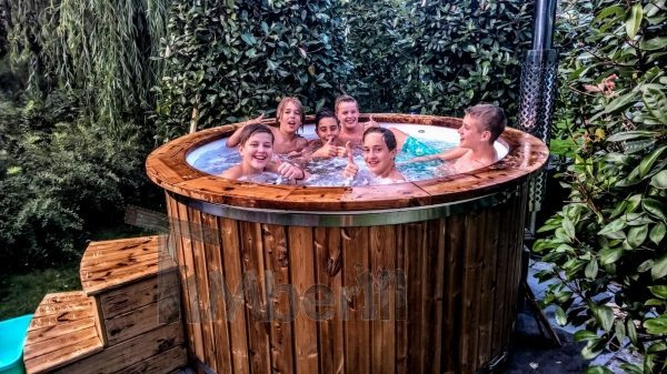 Fiberglass whirpool with wood decoration Netherlands