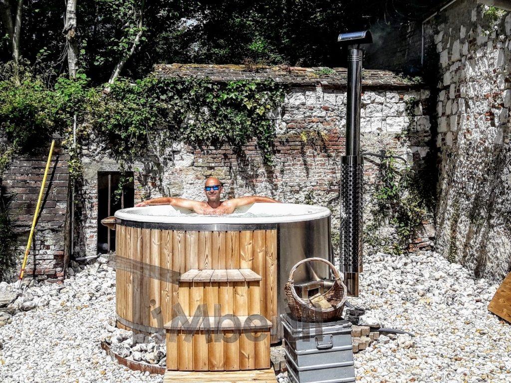 Outdoor fiberglass jacuzzi TimberIN