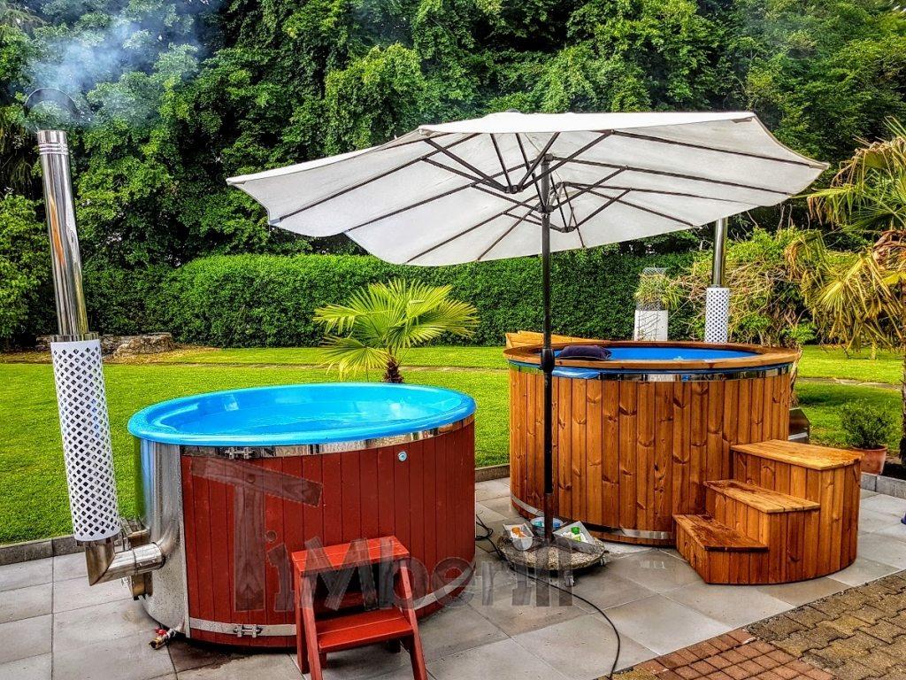 Outdoor hot tub jacuzzi Switzerland