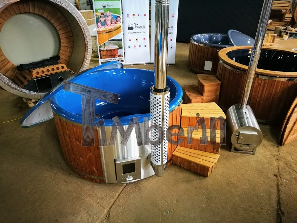 Wood fired hot tub for 6-8 persons