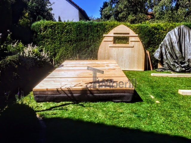 DIY garden sauna project - the base and the rear wall