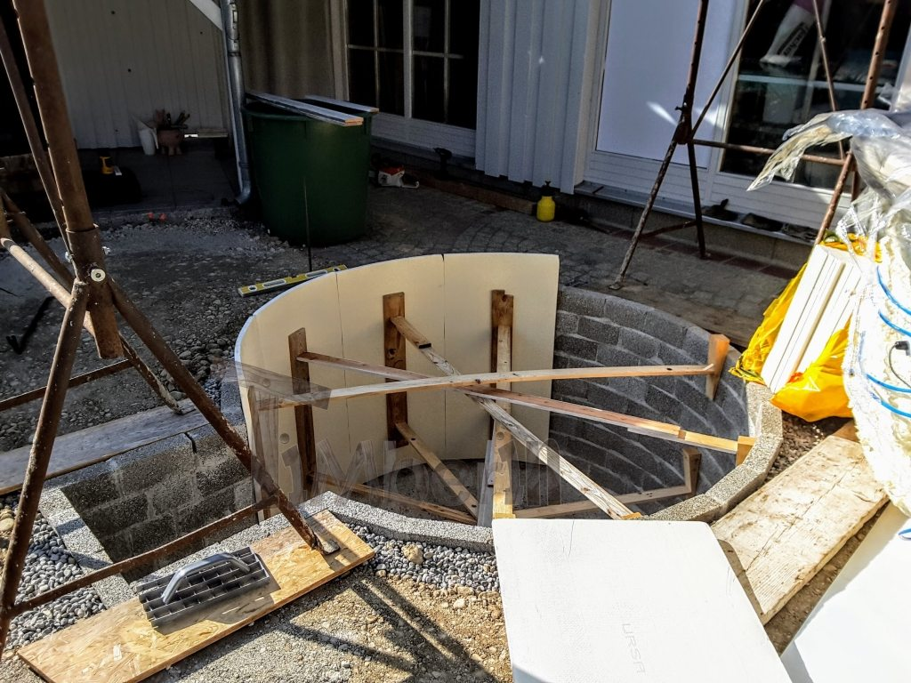 preparation of built-in hot tub